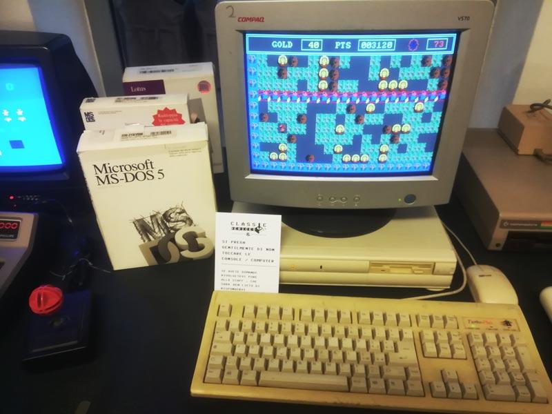Uno dei Ccmputer dell'Associazione Classic Devices Club